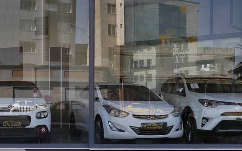 بازار خودرو در انتظار سرنوشت قیمت ارز