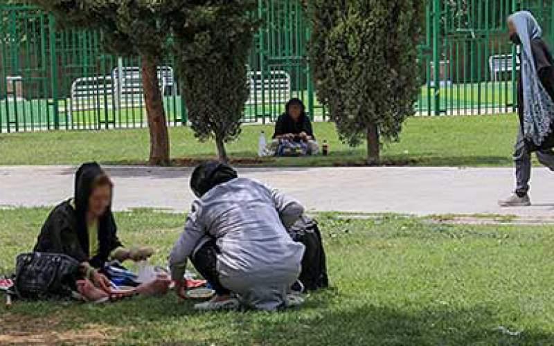 سن کارتنخوابی زنان در ایران به ۱۵سال رسید