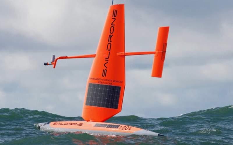 ارسال قایقهای گزارشگر به چشم طوفانها