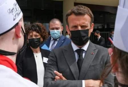 رئیس جمهور فرانسه از یك روستایی سیلی خورد