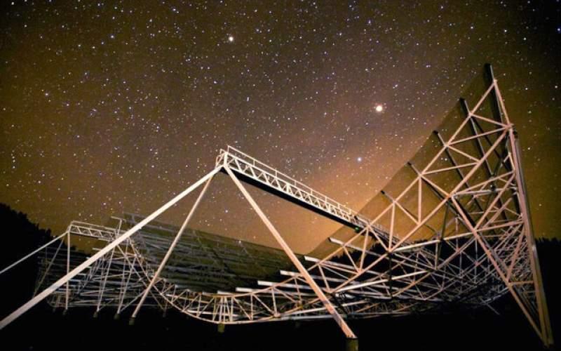 رصد ۵۰۰ انفجار سریع رادیویی تنها در یک سال!