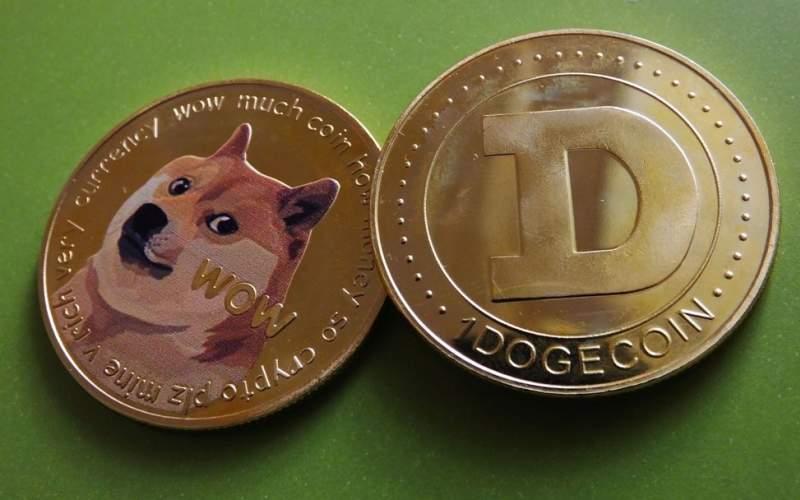 دوج کوین چیست و چگونه قیمت این ارز دیجیتال در یک روز ۱۰ برابر شد؟
