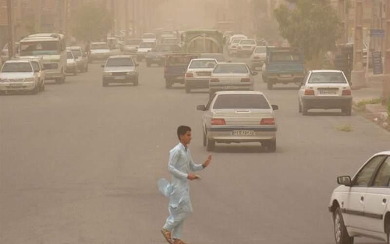 خیزش گرد و خاک و کاهش دید در سه استان