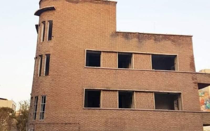 خانه احمد شاملو ستاد رئیسی شد؟/عکس