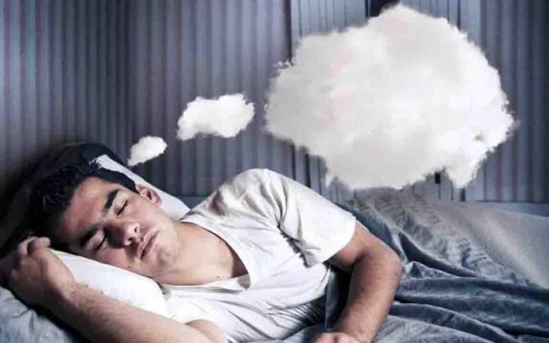 چرا رویاهای شبانه را فراموش می کنیم؟