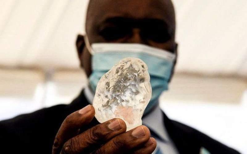 کشف یک قطعه  الماس نادر بزرگ