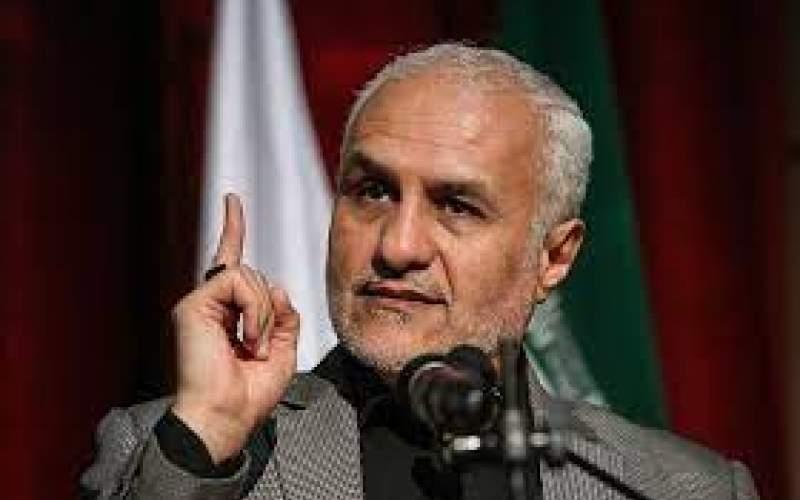 حسن عباسی از «همتی رباخوار» تمجید کرد
