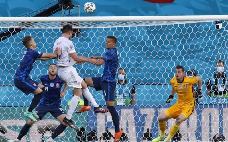 اسپانیا با گلباران اسلواکی صعود کرد