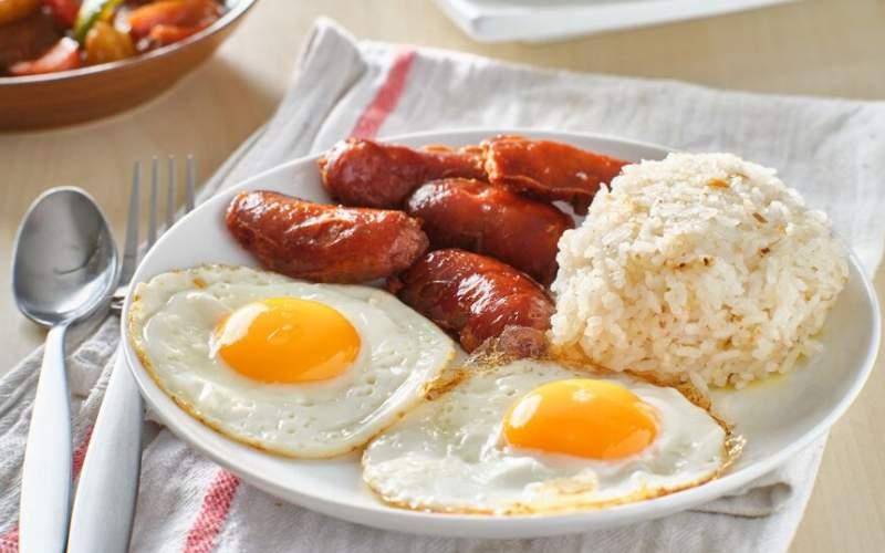 صبحها این ۱۰ غذا را  هرگز نخورید