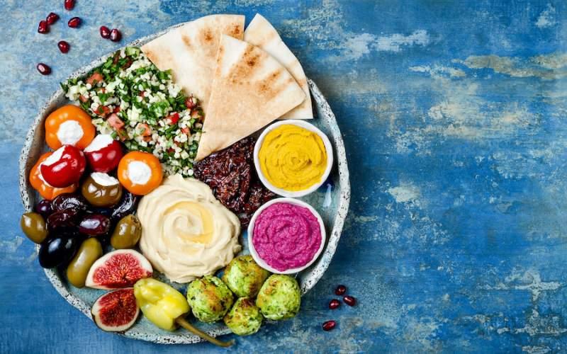 ۴ خوراکی که احساس خستگی را از بین میبرد