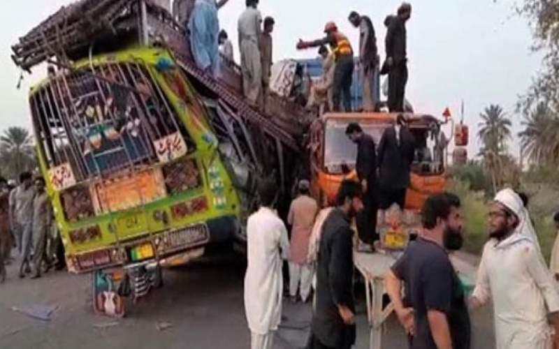 ۲۷ کشته در سانحه رانندگی در پاکستان