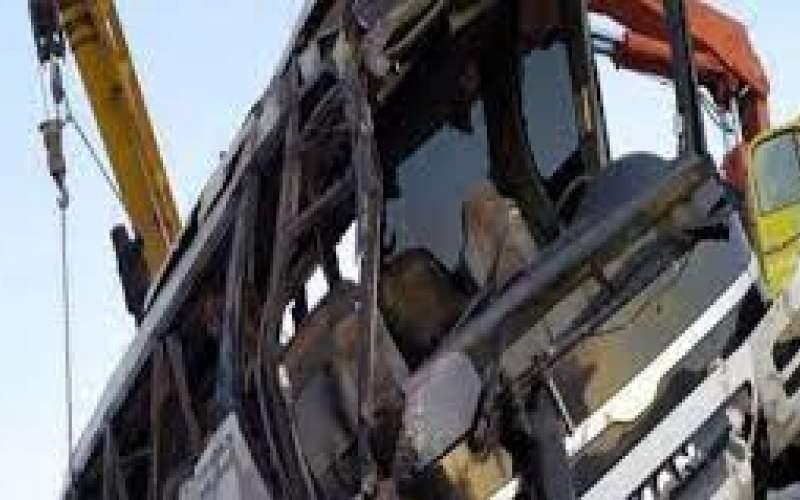 واژگونی اتوبوس در محور هراز با سه فوتی