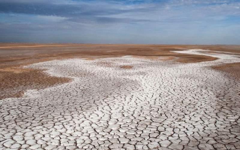 خوزستان لبِ چشمه است و تشنه