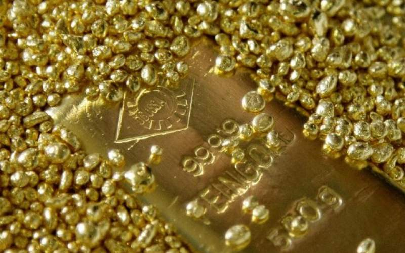قیمت طلا در برابر دلار کوتاه آمد