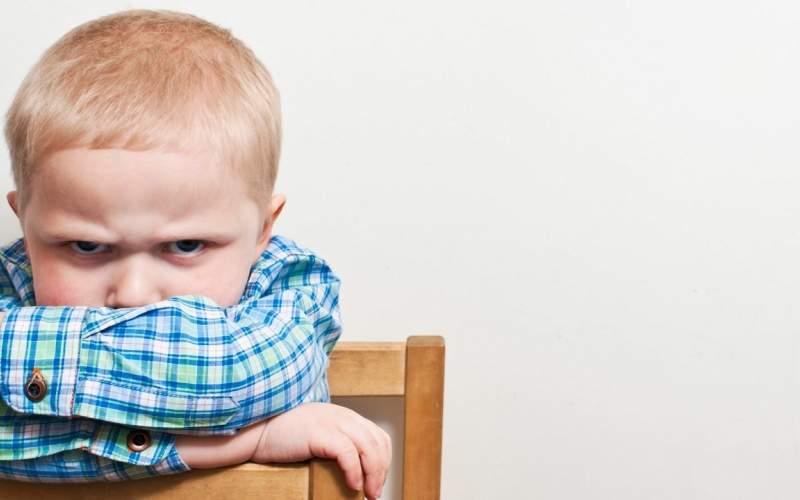 نحوه برخورد والدین با کودکان عصبانی