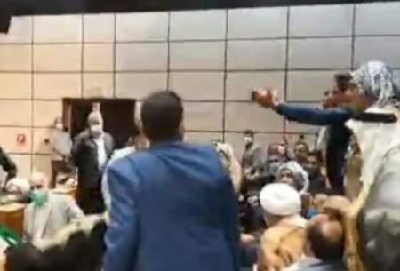 فریاد بزرگان عرب خوزستان بر سر جهانگیری