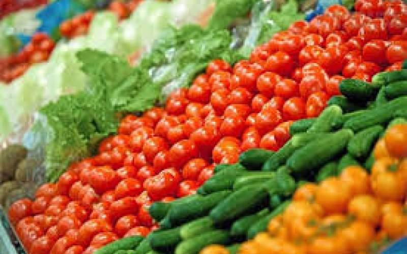 قیمت گوجه فرنگی به بیش از ۱۰ هزارتومان رسید