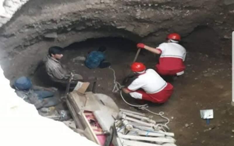 فرونشست زمین در فیروزکوه؛ ۲نفر نجات یافتند
