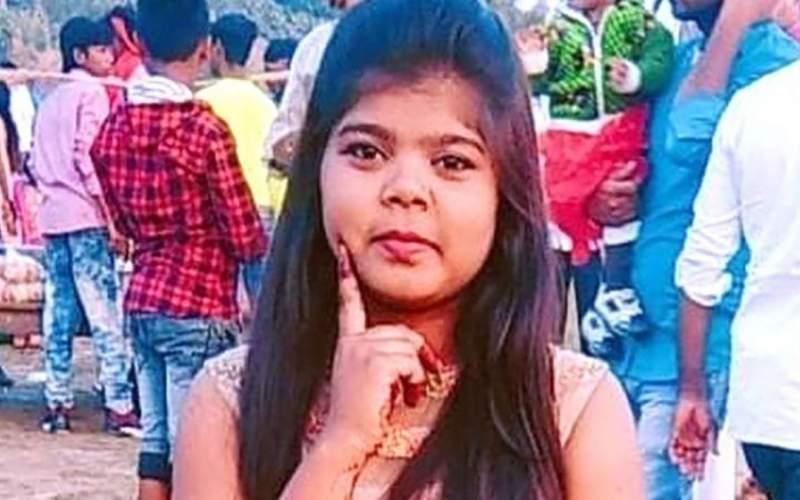 قتل دختر هندی به خاطر پوشیدن شلوار جین