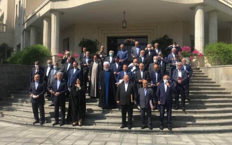 وداع روحانی با مردم در آخرین جلسه هیات دولت