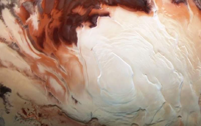 ممکن است دریاچه های مایع مریخ، یخ زده باشند