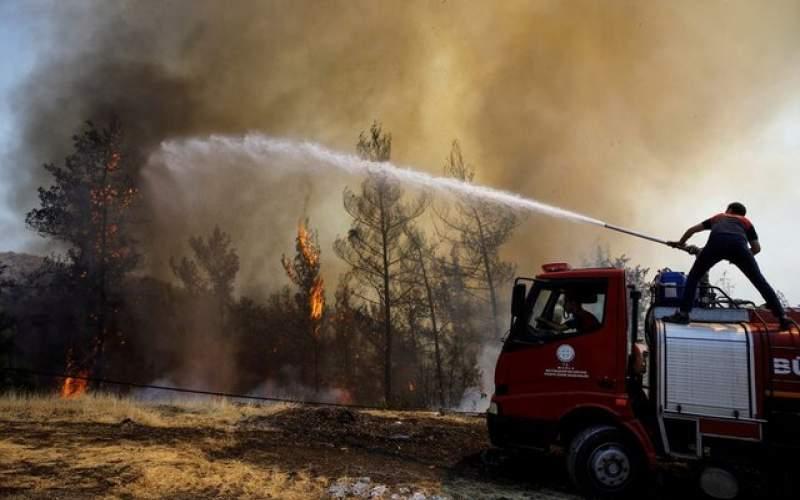 ادامه آتش سوزی ها در مناطق ساحلی ترکیه
