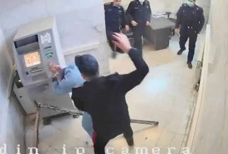 یک سؤال درباره تصاویر لو رفته از زندان اوین