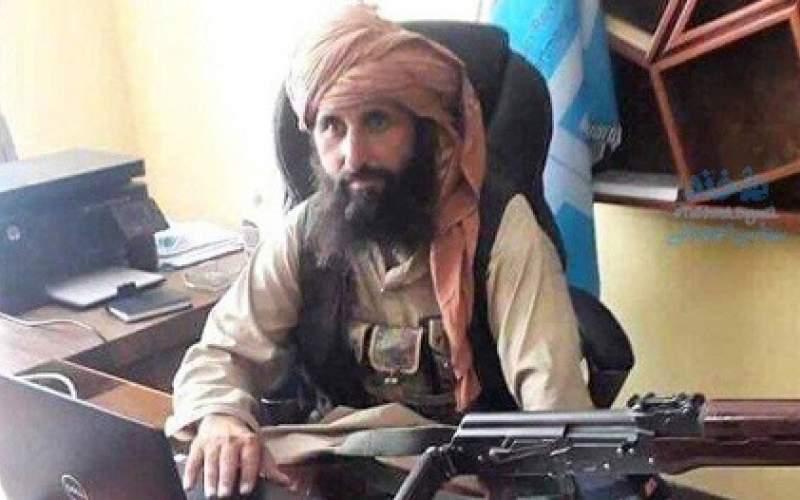 تصویری از میز کار رئیس بانک مرکزی طالبان