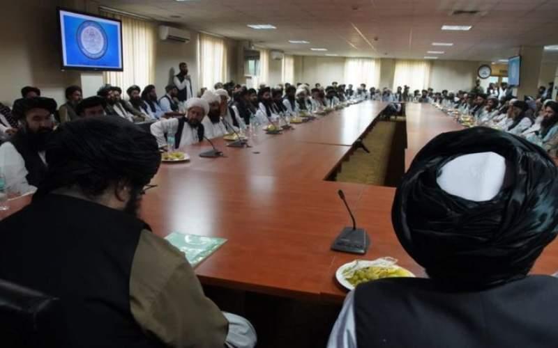 آغاز به كار وزیر تحت تعقیب طالبان