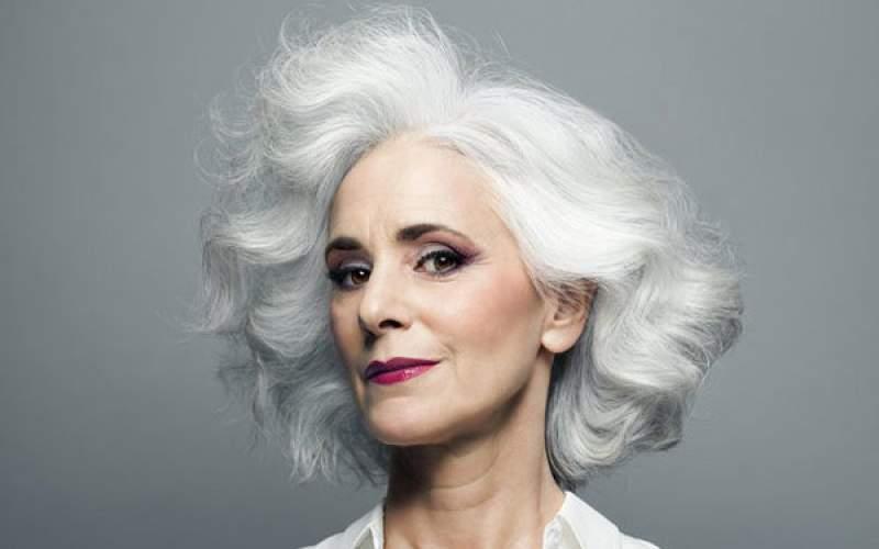 5 عامل که در خاکستری شدن موها تاثیر دارد