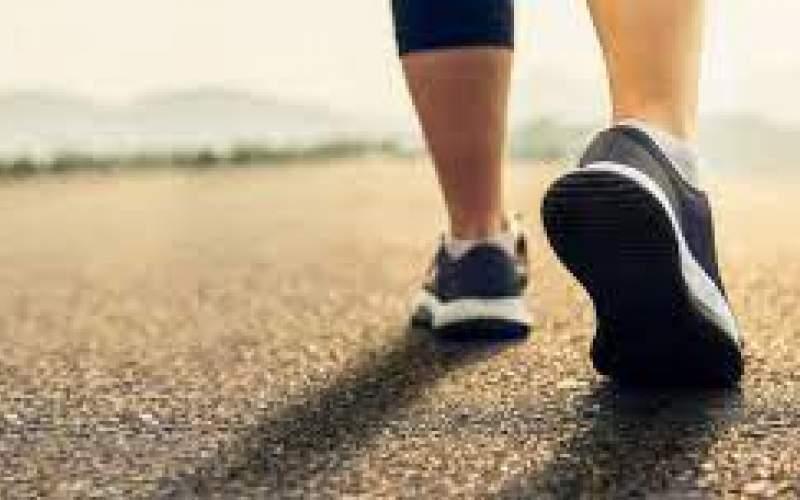 تأثیر جالب محیط اطراف بر ریتم راه رفتن افراد