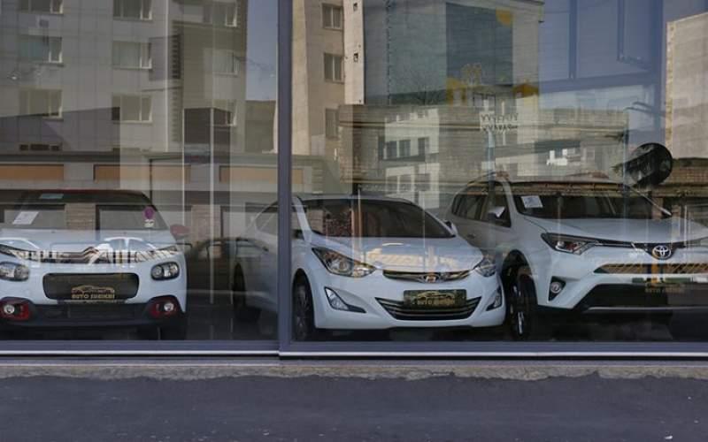 ریزش قیمت خودروهای وارداتی واقعیت دارد؟