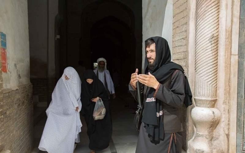 طالبان: زنان نباید کنار مردان کار کنند