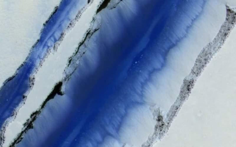 نگاهی به ترانشههای آتشفشانی مریخ