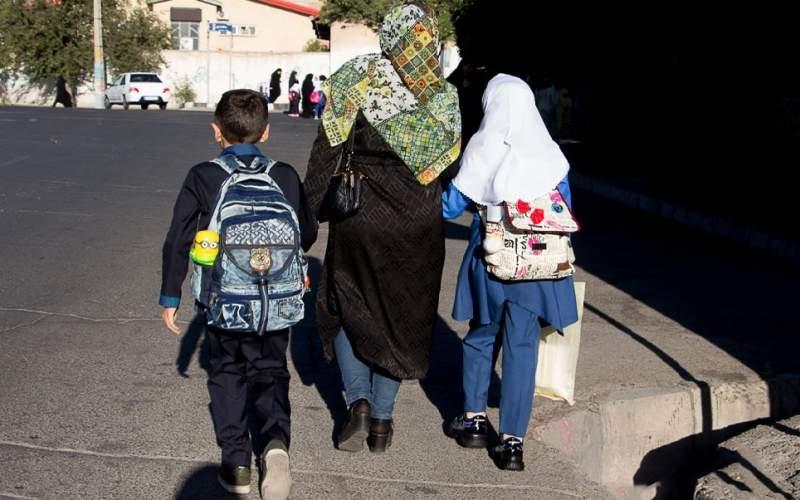 تبعات سنگین عدم ارائه کارنامه دانش آموزان به مادران