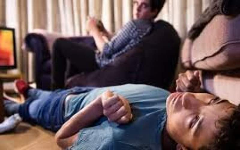چه عواملی بر عود تشنج در کودکان اثرگذار است؟