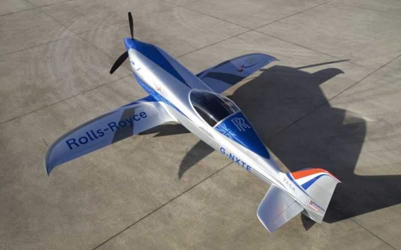 پرواز آزمایشی هواپیمایبرقیرولزرویس انجام شد