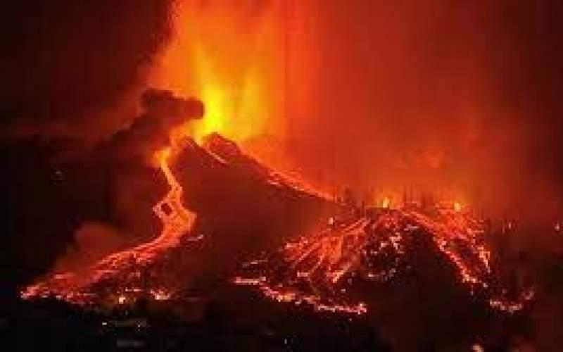 فوران آتشفشان در جزایر قناریِ اسپانیا