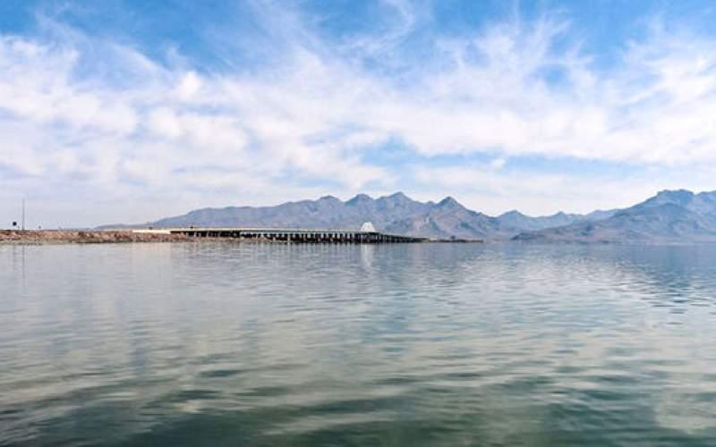 غول ریزگرد نمکی در دریاچه ارومیه بیدار شد