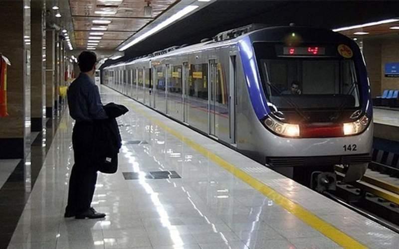 تجمع کارگران متروی تهران مقابل شورای شهر