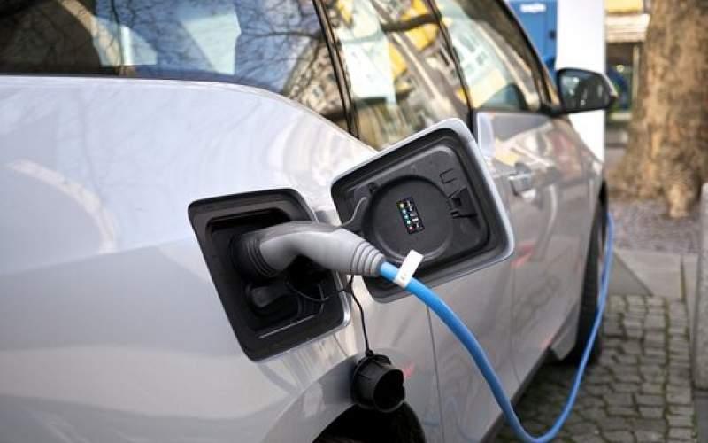 جهش قیمت ها در بازار خودروهای برقی/جدول
