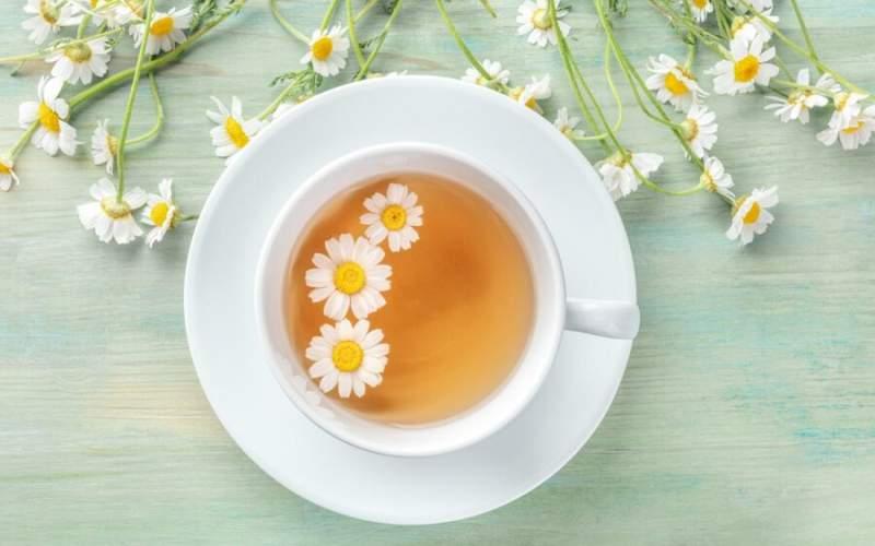 ۷ خاصیت دمنوش بابونه برای سلامتی و زیبایی