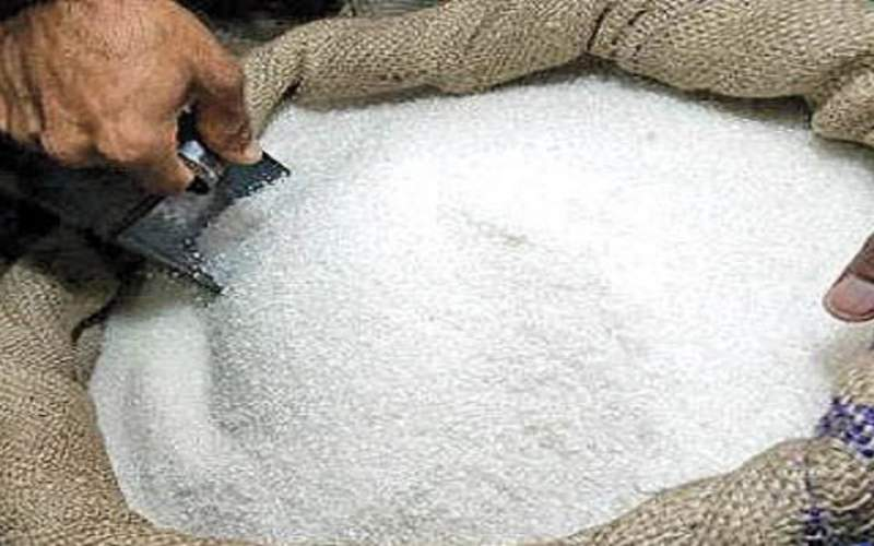 رشد 63 درصدی قیمت کالاهای اساسی در مرداد