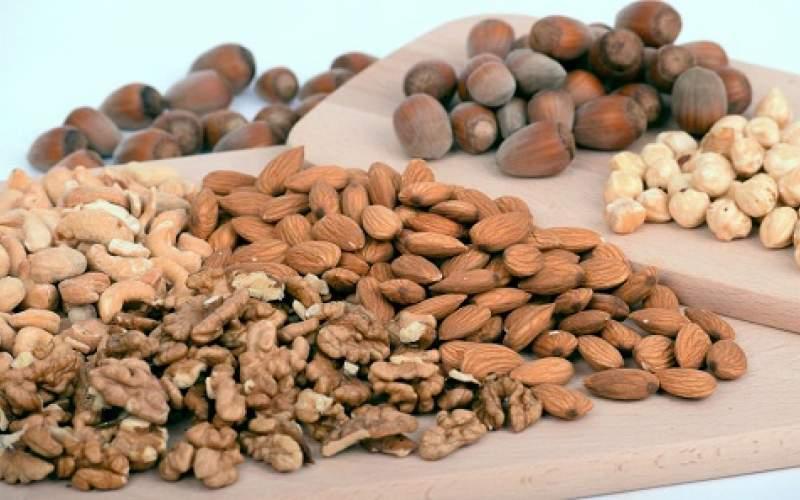 باخوردن بادام زمینی چه اتفاقی در بدن میافتد