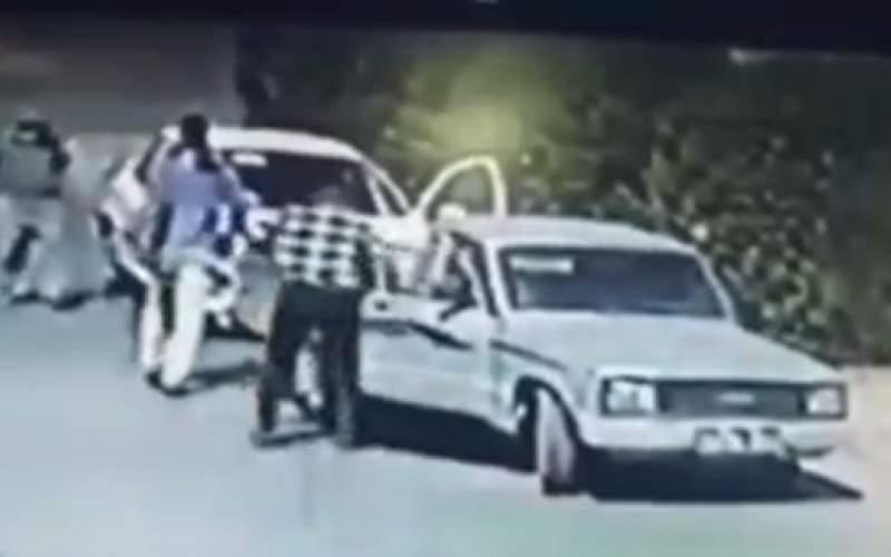 سرقت خودروی ۲۰۶ با اسلحه جنگی در اهواز